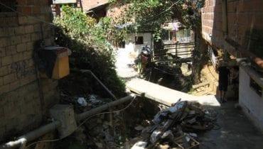 quebradas-La-Carevieja-La-Herrera-La-Emilia-La-Seca-La-Sapera-La-Arenera-comunas-1-2-8-Redes-hidrosanitarias-GMS-Ingenieros